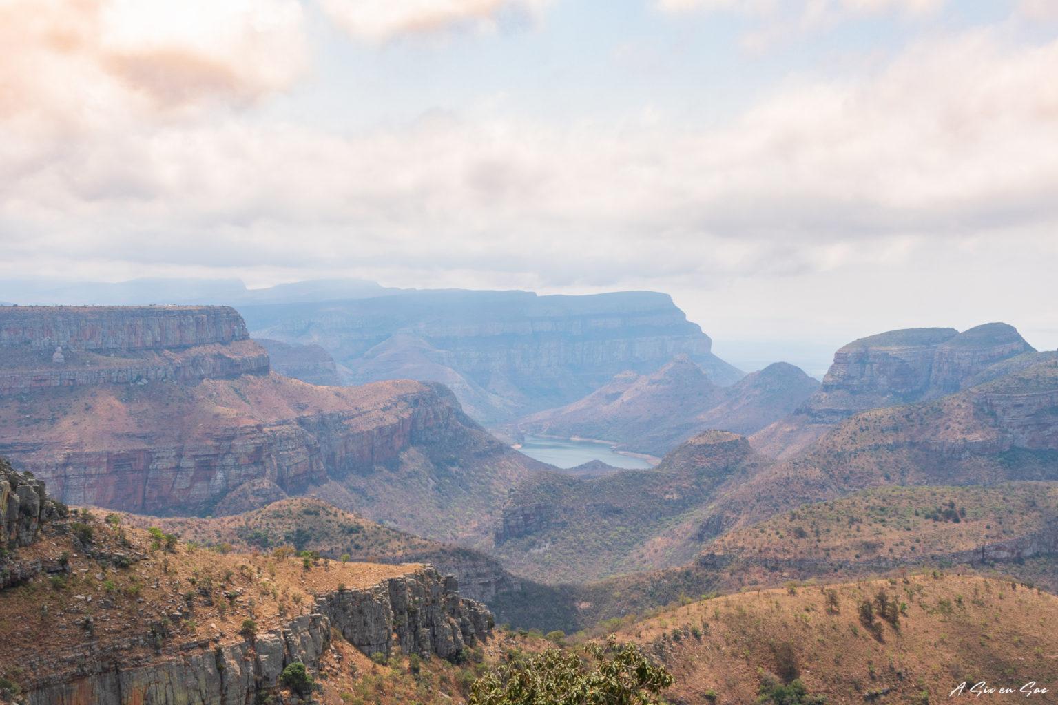 Le Blyde river canyon vue depuis Lowveld View dans la province du Mpumalanga aux portes du parc Kruger