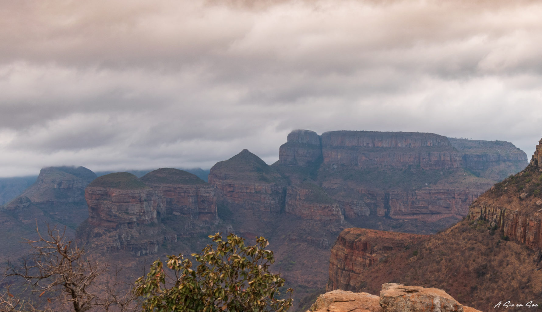Les Three Rondavels dans la province du Mpumalanga aux portes du parc Kruger ( et son emblématique Blyde River Canyon )