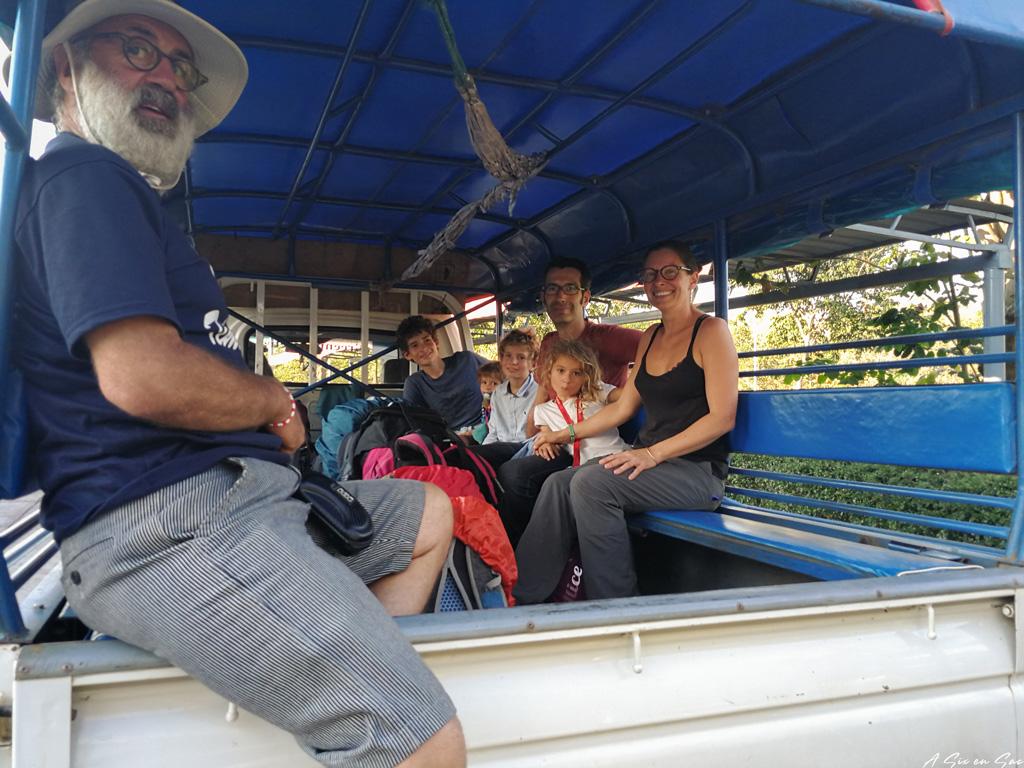 une fois entrée au Laos après le passage de la frontière