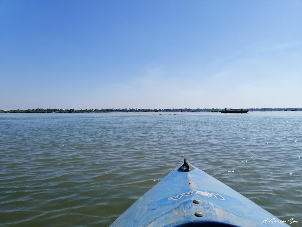 Kayak à la rencontre des dauphins de l'Irrawaddy - Cambodge Kratie dauphins d'Irrawaddy Cambodge Kratie dauphins d'Irrawaddy Cambodge Kratie dauphins d'Irrawaddy