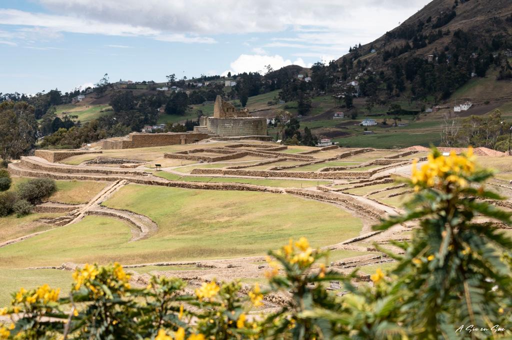 temple du soleil sur fond de site archéologique à Ingapirca ( site inca proche de Cuenca ) Equateur 2020