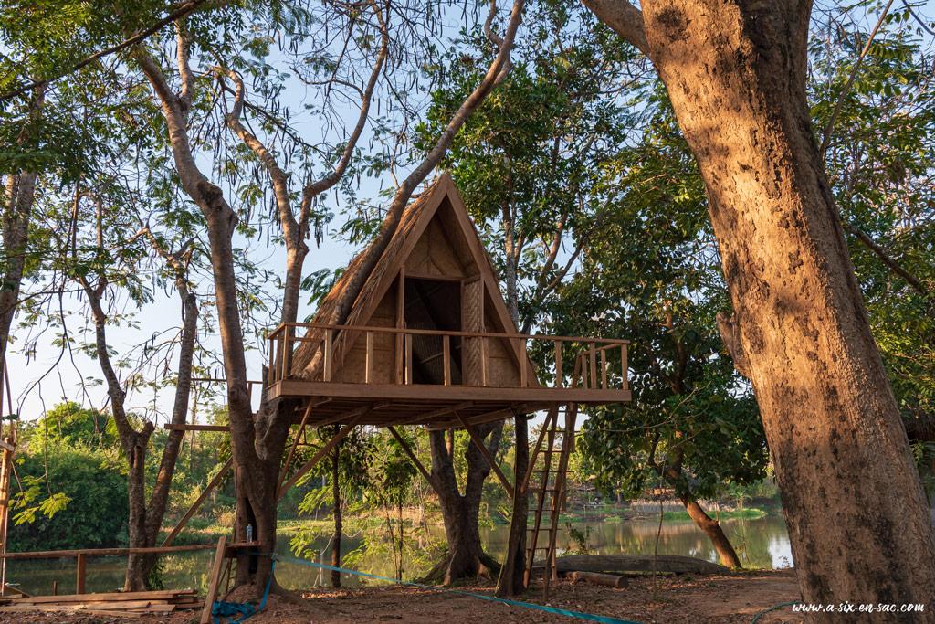 cabane pour 2 personnes dans les arbres sur Fandee Island