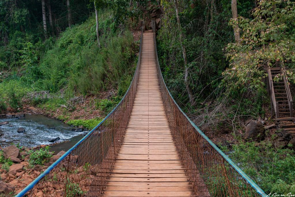 pont suspendu de Ka Taeng - Province de Ratanakiri Banlung Cambodge